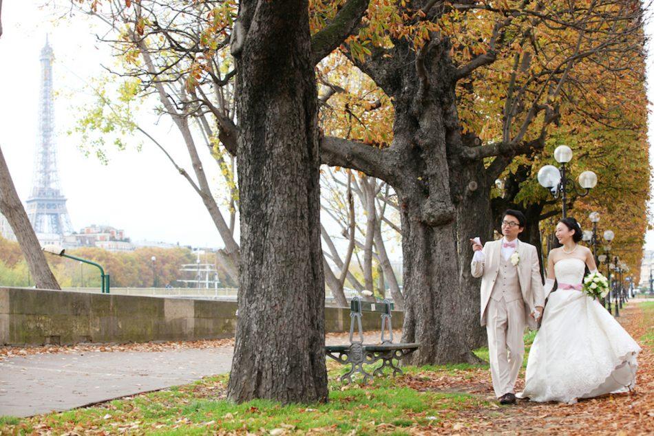 エッフェル塔,秋のパリ
