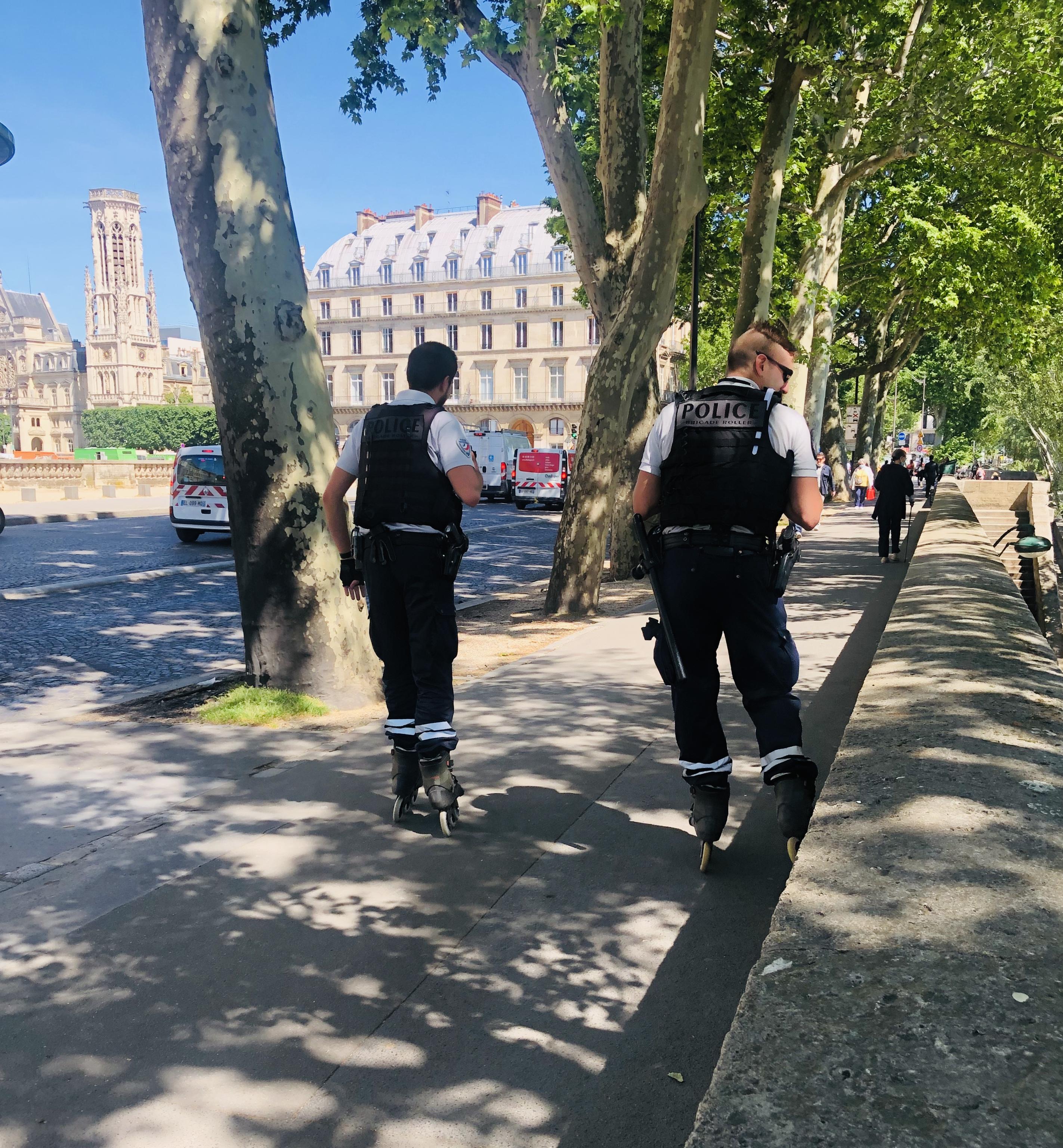 パリの警察官